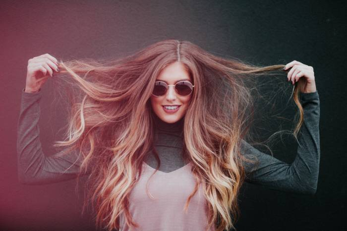 HOW TO CARE FOR YOUR HAIR IN THE SUMMER