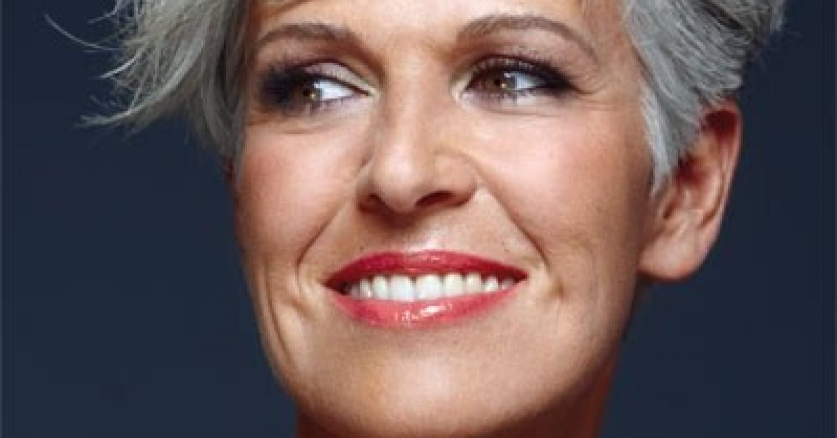 short-hairstyle-for-women-after50